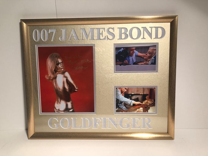 James Bond 007 - Goldfinger - Shirley Eaton - signed photo with Coa - Framed