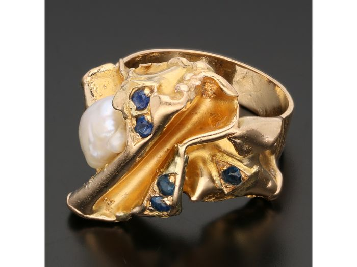 18 kt. Gold - Ring Baroque Pearl - Sapphire