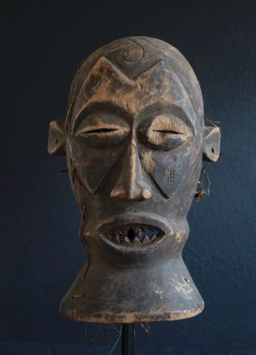 Mask from Gabon (1) - Wood - Africa