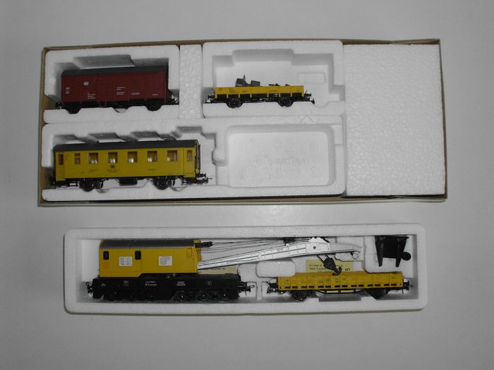 Roco, Sachsenmodelle H0 - 46331/14130 - Freight wagon set - Set of crane trucks and signal train - DB