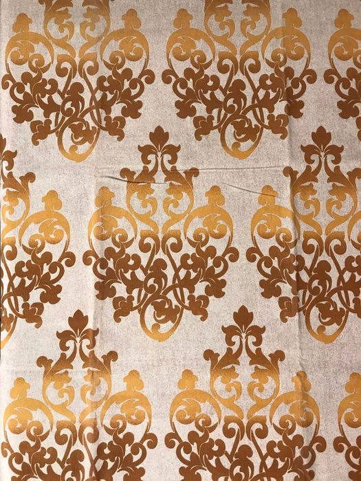 2.80 meters x 2.60 meters of fabric with damask style decoration revisited in a modern key - Cotton, cotton blend - unknown