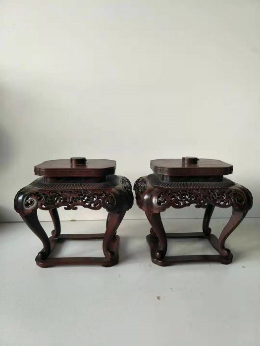 Dispaly Stands (2) - Rosewood - Lotus flower - Japan - 19th century