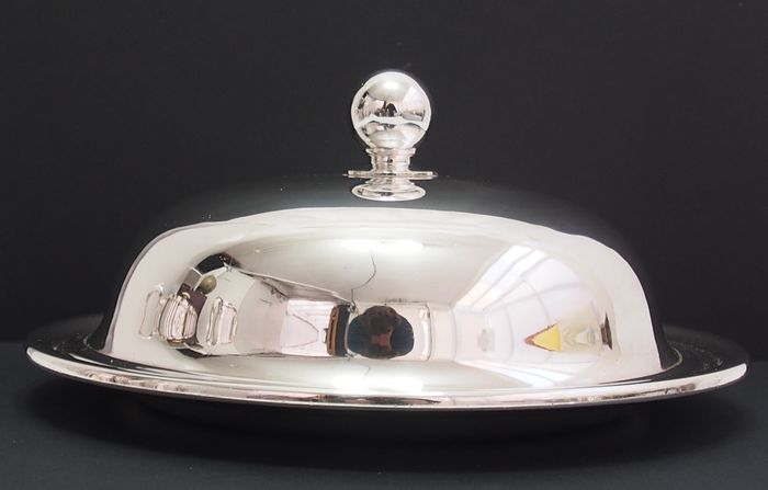 Victorian Serving Plate With Rounded Lid & Ball Top By Aitkin Brothers - Silver plated