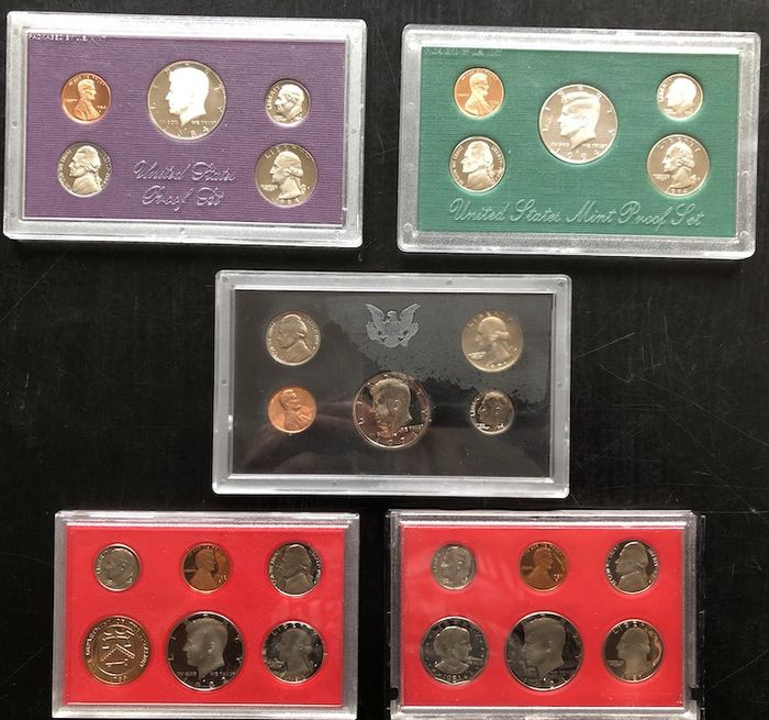 USA - Coinsets 1971-S, 1981-S, 1982-S, 1984-S and 1994-S (5 sets)