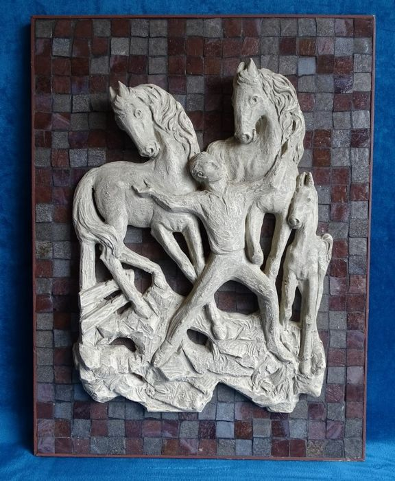 WF - Haute relief sculpture of a man with horses - Ceramic, hardboard