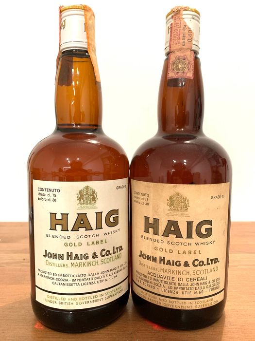Haig Gold Label - b. 1970s - 75cl - 2 bottles