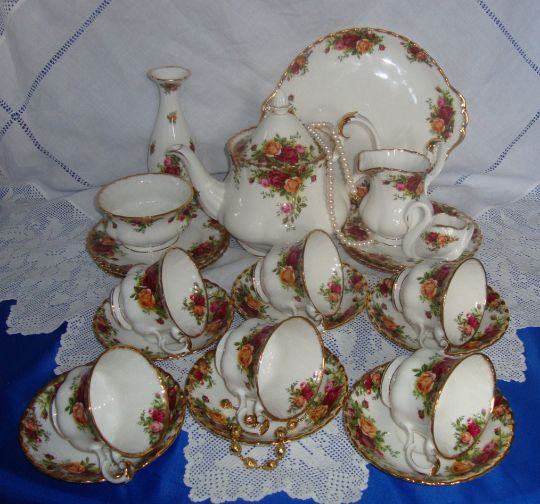 Royal Albert - Old Country Roses - Thee set (24) - Romantisch - Porselein