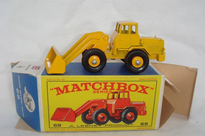 "Matchbox - 1:76 - Mint Model A Lesney Product ""Matchbox Series""; ""HATRA Tractor Shovel"" no.69b - First Issue in Yellow - In Original First Issue ""Orange Model"" Box Type ""E2"" - 1965"