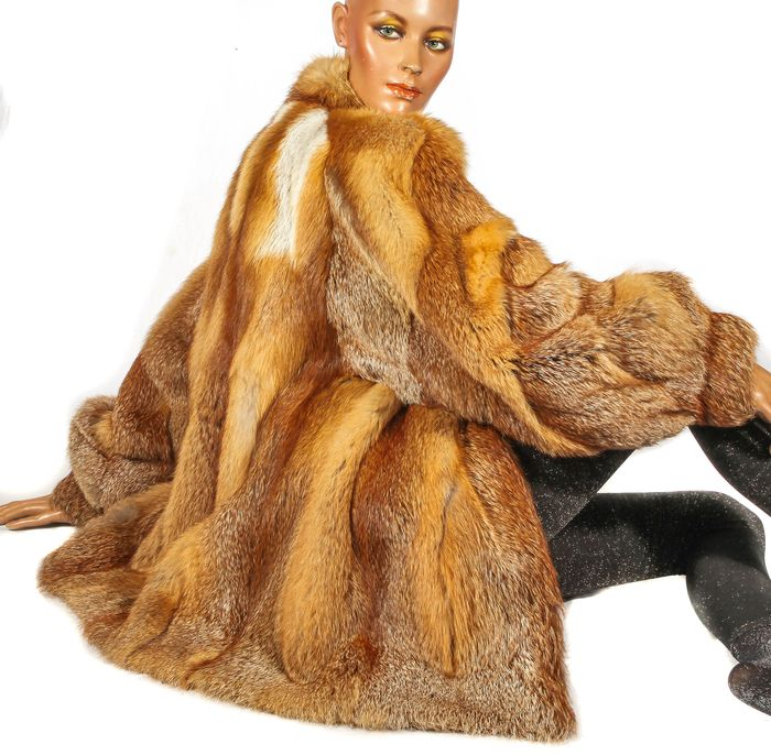 Kanaidscher Rotfuchs  - Fur coat, Jacket - Size: L, M