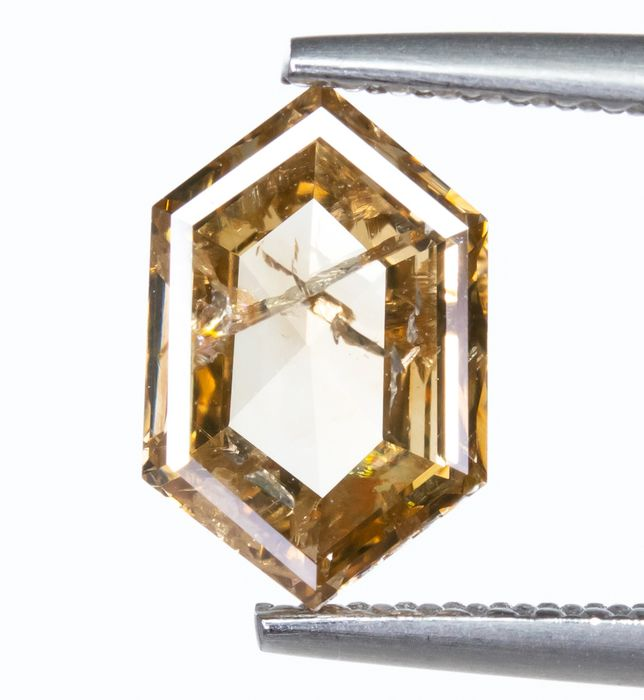 Diamond - 1.38 ct - Natural Fancy Yellowish Brown - I1  *NO RESERVE*