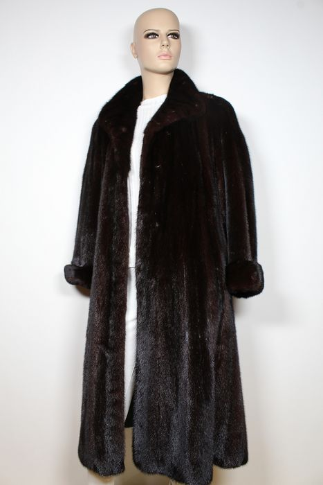 Dark Nerz Mantel  - Fur coat - Size: EU 40 (IT 44 - ES/FR 40 - DE/NL 38)