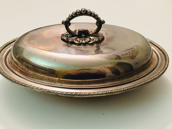 King Harold - P. Pisano & F. Genova - King Harold vegetable dish (1) - Edwardian Style - Sheffield type metal