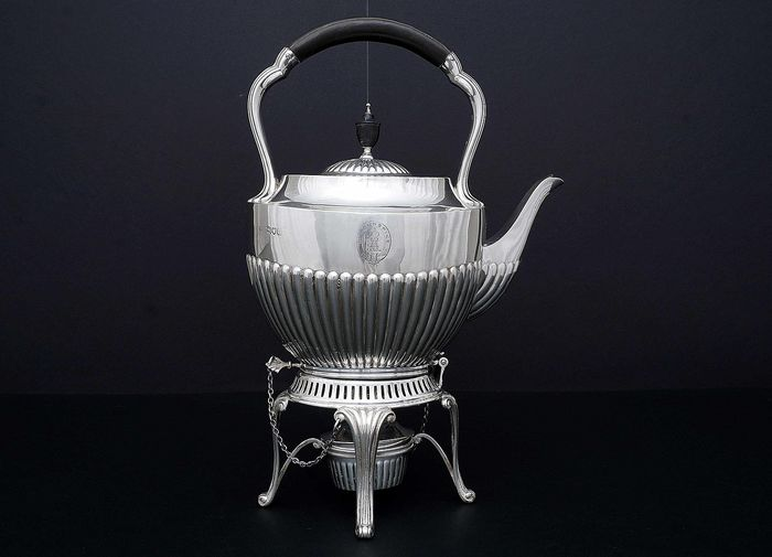 Kettle on stand and burner, Samovar - .925 silver - William Hutton & Sons Ltd, London - England - 1900