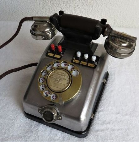 Jacquesson - Telephone - Metal