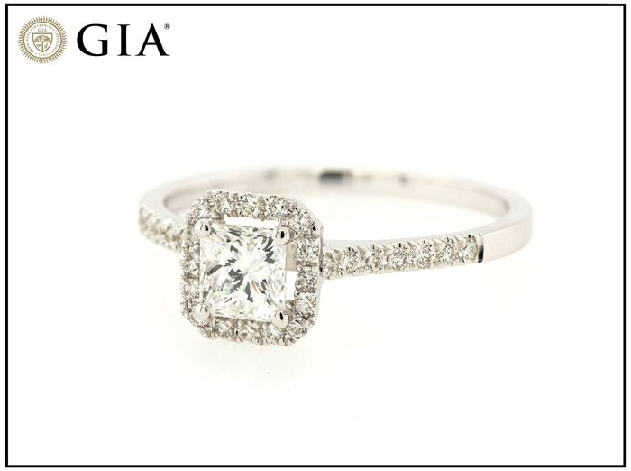 14 carats Or blanc - Bague - 0.67 ct Diamant - F - SI2