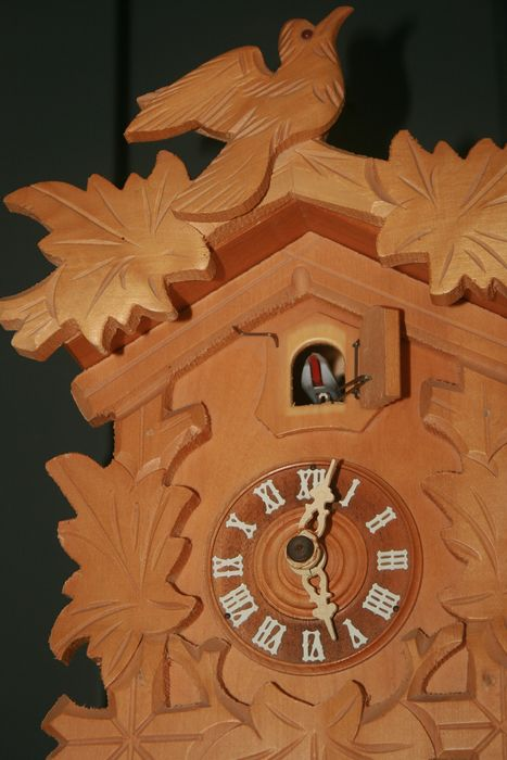 Cuckoo clock - Wood, Oak - Second half 20th century