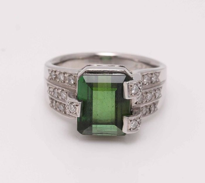900 Platinum - Ring - 4.34 ct Tourmaline - Diamond