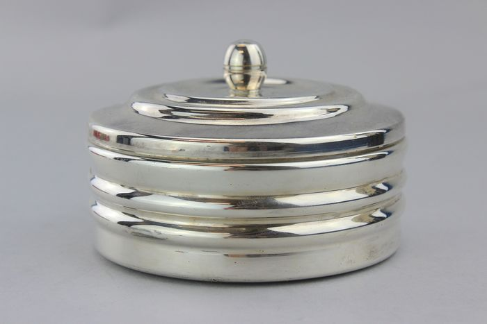 """ Fatto a mano "" , Made by hand  - NO RESERVE, Vintage small sugar bowl with lid - Silverplate"