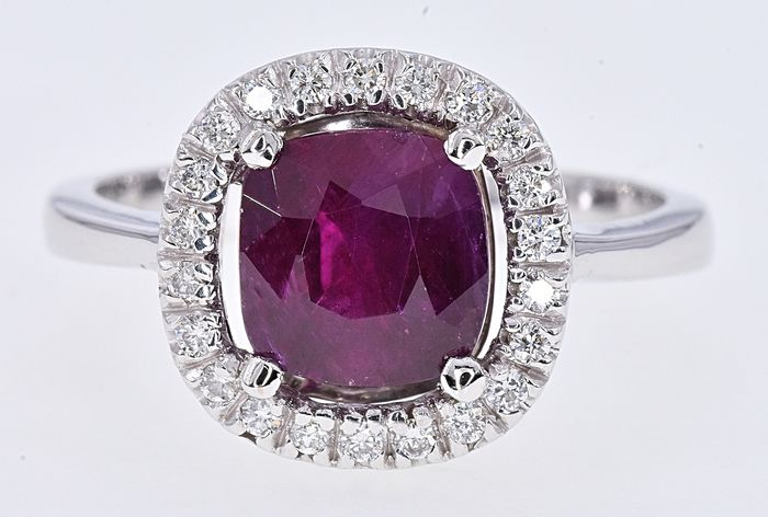 18 kt. White gold - Ring - 2.18 ct AIGS Unheated Ruby - Diamonds