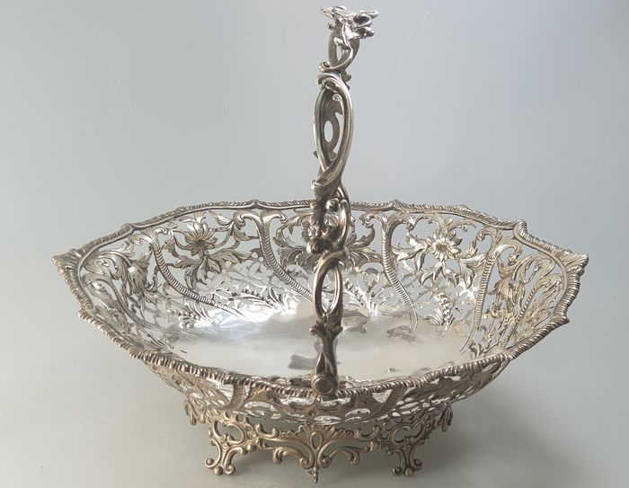Fruit basket, Victorian Swing Handle Fruit Basket - .925 silver - George Angell & Co, London - England - 1860