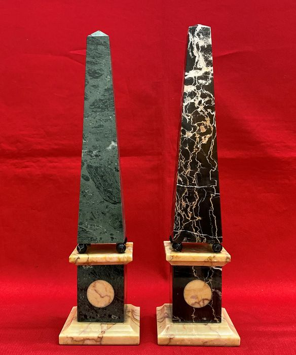 Two obelisks - Marble - 20th century