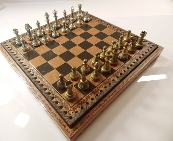 Chess game - High quality chess pieces set - with figures in silver and old gold plated