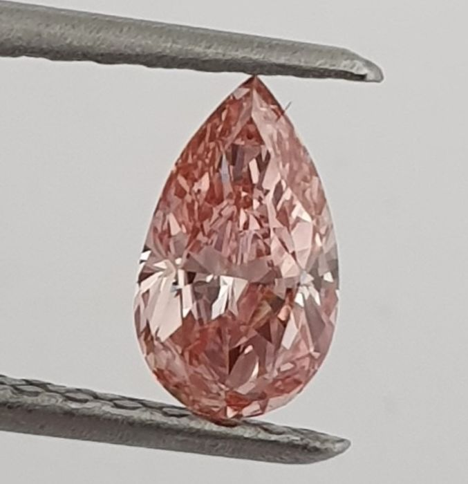 Diamant - 0.52 ct - Peer - Fancy Intense Orangy Pink Even - GIA - SI1