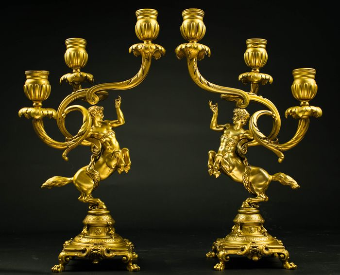 Pair of candlesticks with fire-plated Centaurs (2) - Louis XV Style - Ormolu - 19th century