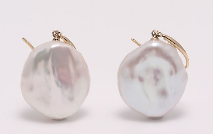 NO RESERVE PRICE - 14 kt. Yellow Gold - 17x18mm Special Cultured Pearls - Earrings