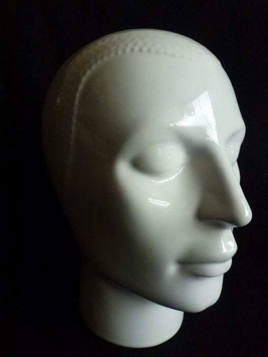 Royal - Unique / rare porcelain mannequin head - marked '' Royal '' - H 26 × 15.5 × 22 cm - porcelain / ceramics