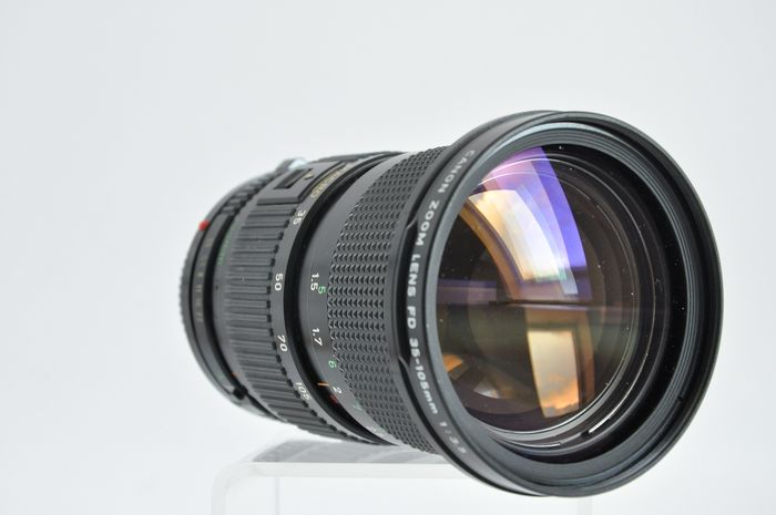 Canon Zoom lens FD 35-105mm 1:3,5