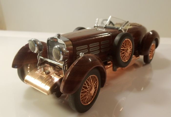 Franklin Mint - Roadster Hispano Suiza 1924 Rosewood filigree work - 1:24 - 1A TOP collector condition - made from over 100 individual pieces - copper, metal, rosewood, lacquer