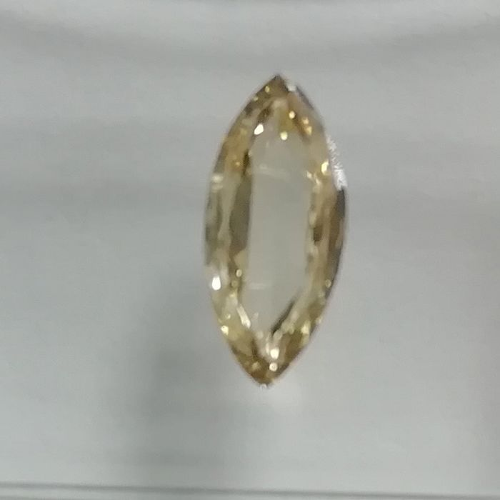 1 pcs Diamond - 0.63 ct - Marquise - fancy yellowish brown - SI1