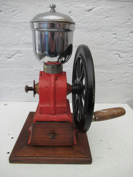 Beautiful old Coffee Mill (1) - Cast iron Wood and stainless steel