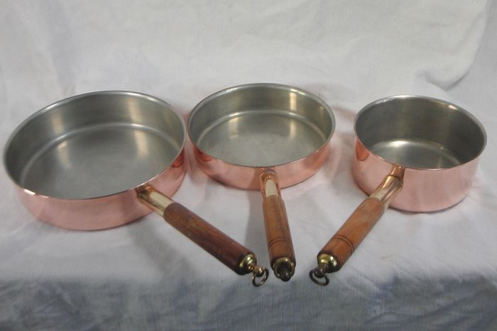 3 Copper pans / skillets - Copper, Wood