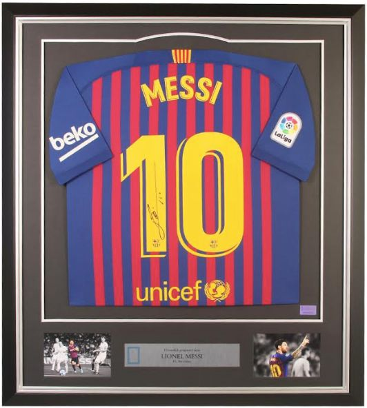 FC Barcelona - Europese voetbal competitie - Lionel Messi - 2019 - Framed Jersey