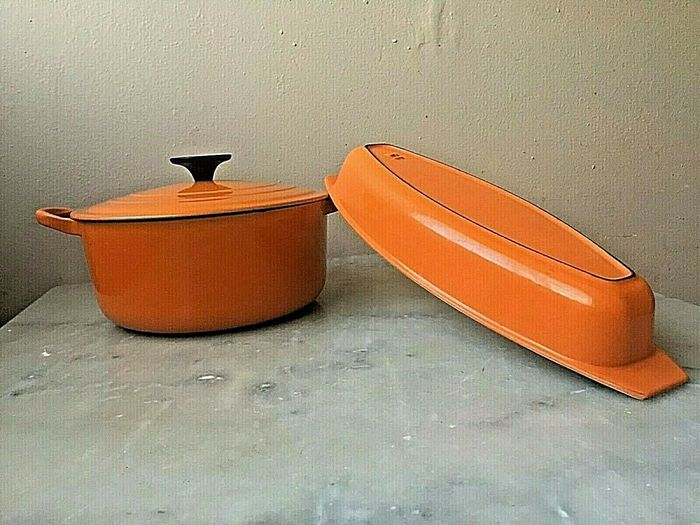 Le Creuset - Cocotte and baked dish (2) - Enamelled cast iron