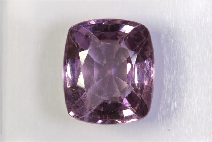 Spinel - 2.37 ct