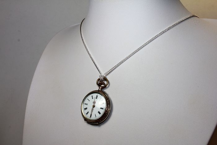 Silver - Silver and gold watch with silver chain for the first 900 lady