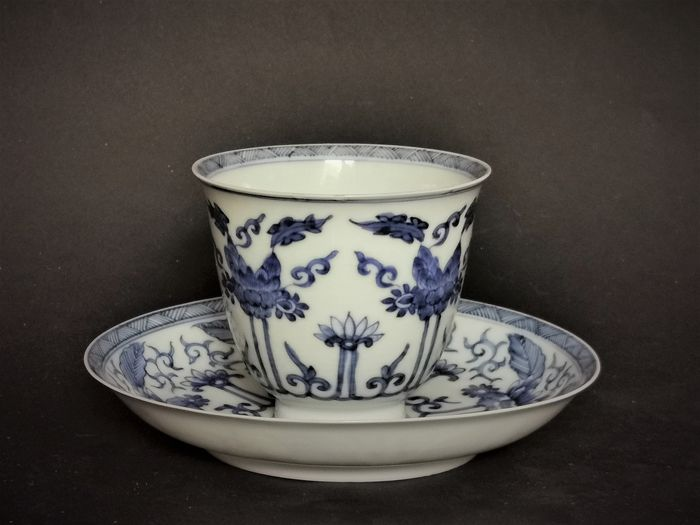 Ceasca si farfurioara - Blue and white - Porțelan - Yu marked - China - Kangxi (1662-1722)