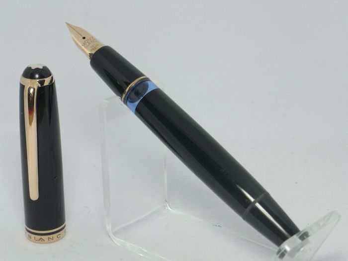 Montblanc 256 pistonfiller flexy 14ct F nib NEAR MINT 1950´s  - Pluma