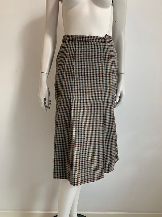 Burberrys - Skirt - Size: EU 38 (IT 42 - ES/FR 38 - DE/NL 36)