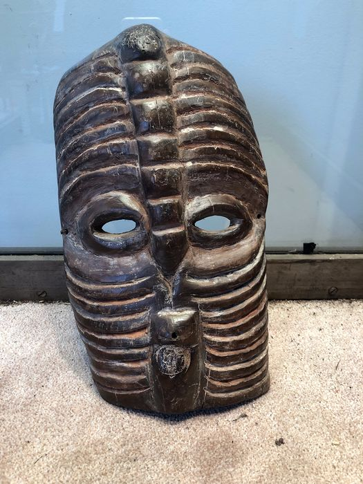 Mask (1) - Wood, pigments - Bembe - Congo
