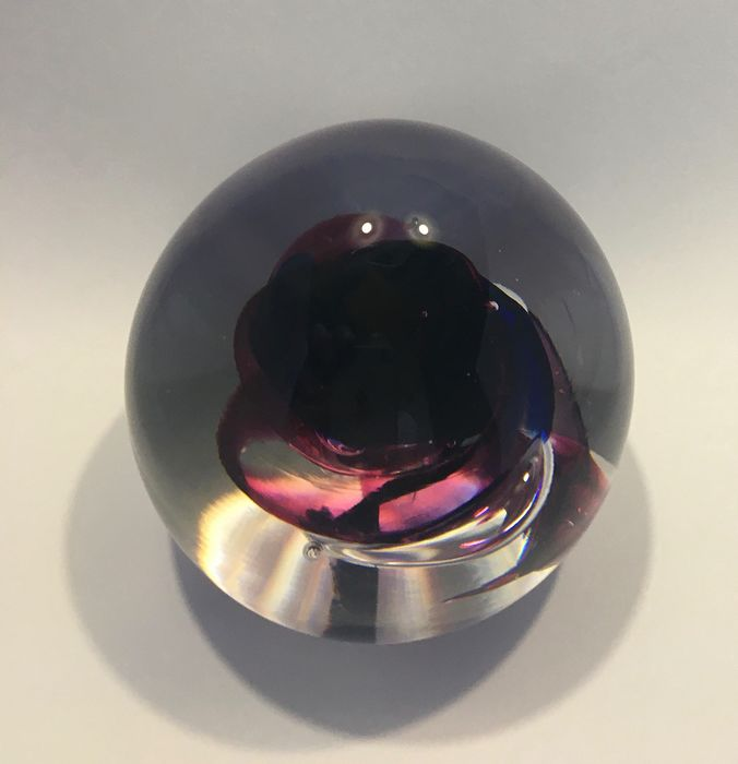 paperweight / paper weight (1) - Glass