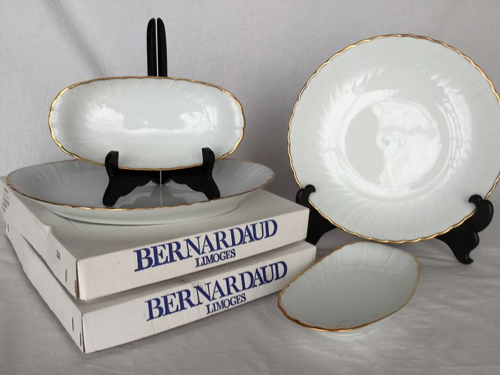 "BERNARDAUD Limoges , model ""VERLAINE"" - Elegant crockery trays, two large serving trays and two ravier trays - Porcelain"