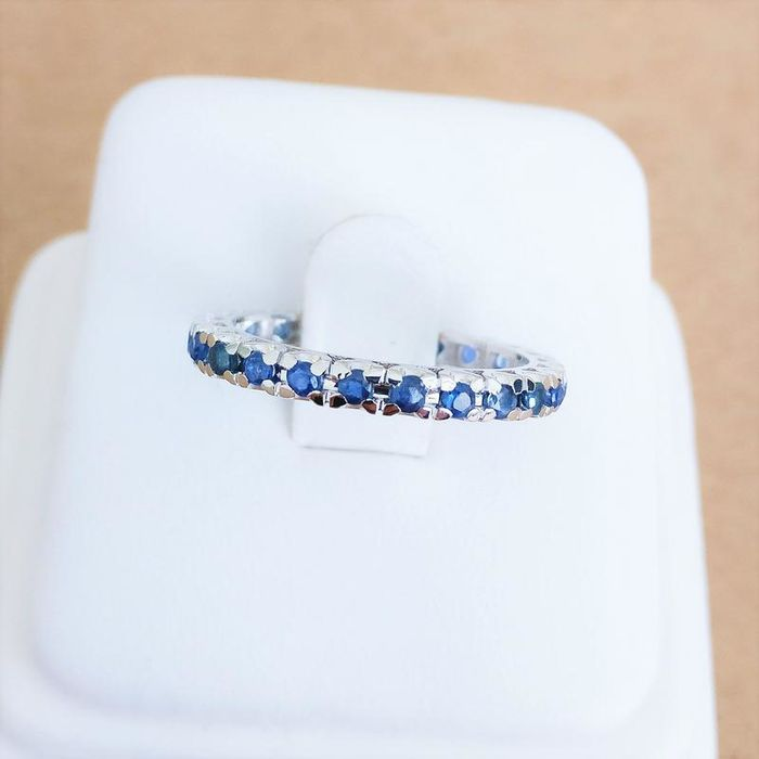 18 kt. White gold - Ring - 0.95 ct Sapphire