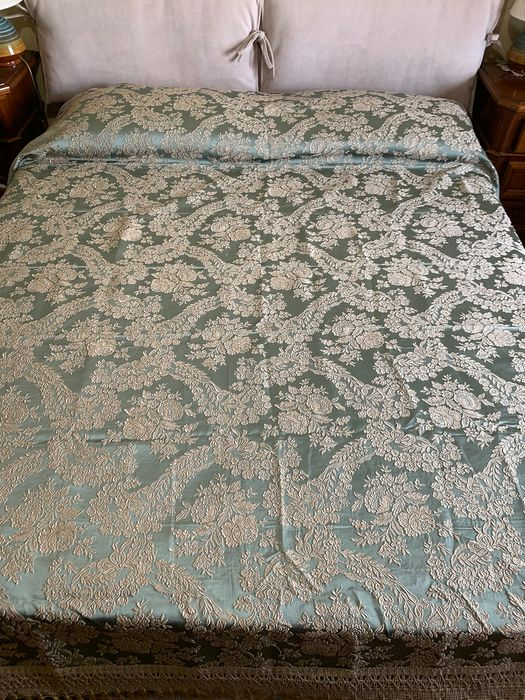 matrim more equal fabric for any valance or other - silk brocade - First half 20th century