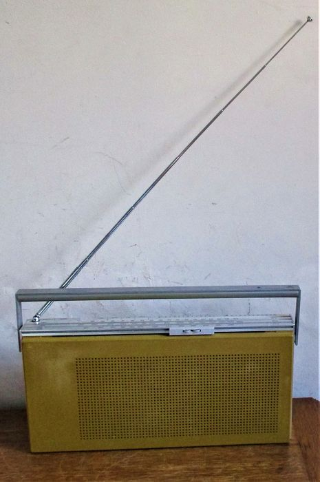 B&O - Beolit 600 - Portable radio