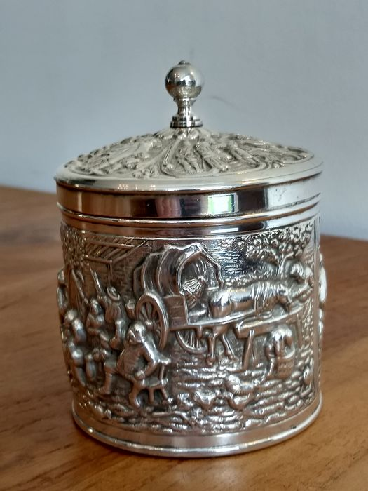 Douwe Egberts - Herbert Hooijkaas - Tea caddy - Art Nouveau - Silverplate