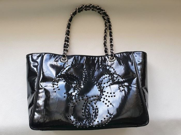 Chanel - Patent Leather Perforated Triple CC Tote bag